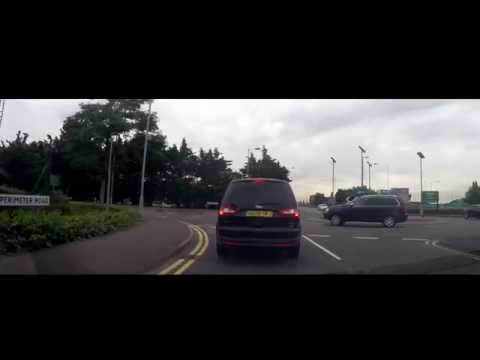 Driving in London - Gatwick Airport [LGW] to Heathrow Airport [LHR] ( Terminal 2 )