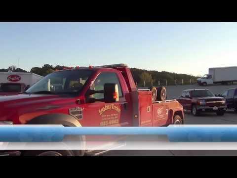 How A Tow Truck Driver Unlocks A Car