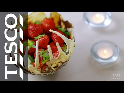Ideas for Valentine's Day: How to make a delicious chocolate bowl | Tesco