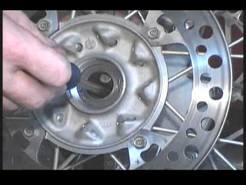 Pivot Works rear wheel bearing installation