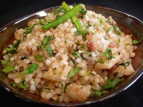Sabudana Khichdi (Spiced Tapioca Sago) Indian Recipe