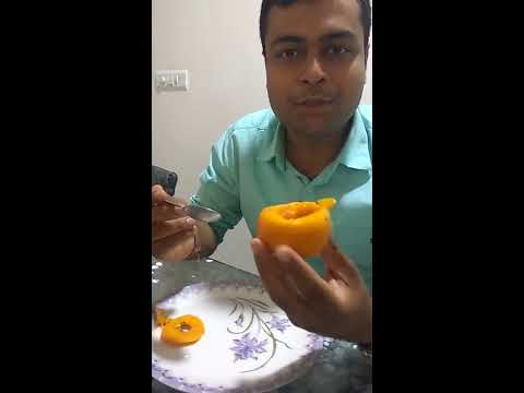 Cutting & Tasting FUYU Persimmon(Kaki)