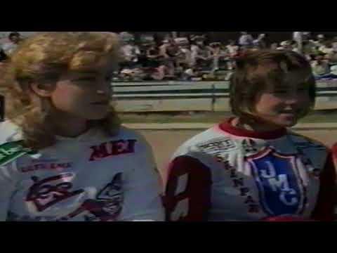 Rachel Holmes & Melanie Vauvelle Want To Race The Pro's!