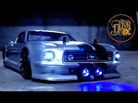 RC FORD MUSTANG ELEANOR - Driving