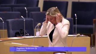 Magdalena Andersson käftar med talman Tobias Billström