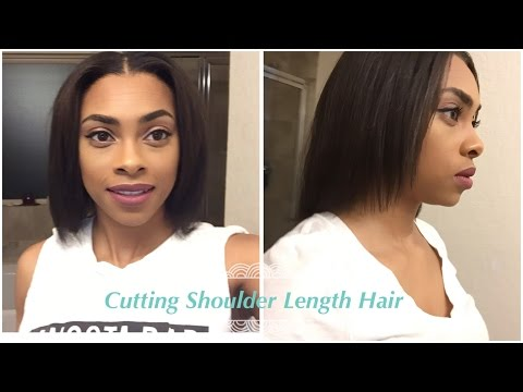 HOW I TRIM MY SHOULDER LENGTH HAIR | Relaxed Hair Journey