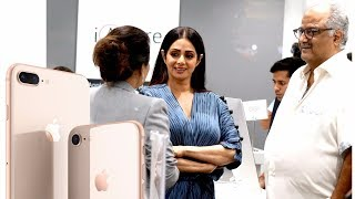 Sridevi And Boney Kapoor At Iphone 8 Launch | Apple India