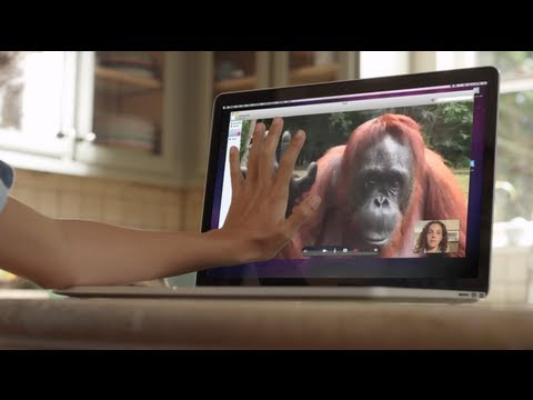 AMAZING! Orangutan asks girl for help in sign language