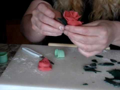 Make Marzipan Roses