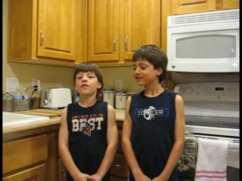 Garrett and Ian talk about going to Parker Dam, London Bridge and Lake Havasu City