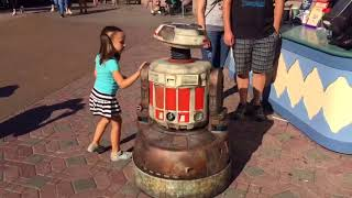 Star Wars: Galaxy's Edge Interactive Droid Character Test at Disneyland Park