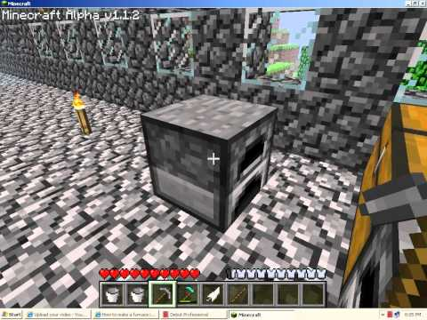 How to make a stone pickaxe in minecraft
