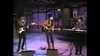"""The Roches """"I Love My Mom"""" on Late Night, February 16, 1990"""