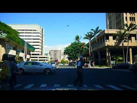 Traffic Conditions - Streets of Honolulu morning Kaheka Kapiolani Keeaumoku St.