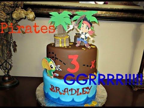 Decorating a Never Land Pirates Fondant Cake