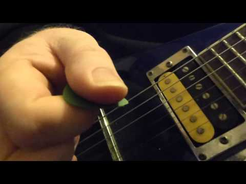 Holding your guitar pick for precise metal riffage