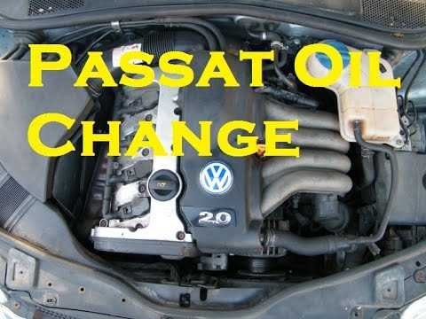 Oil and Oil Filter Change on Volkswagen Passat S 130