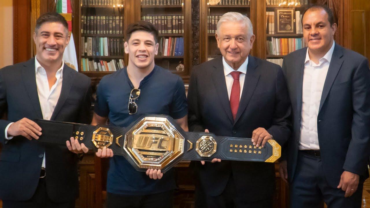 Visita del campeón mundial de la UFC, Brandon Moreno