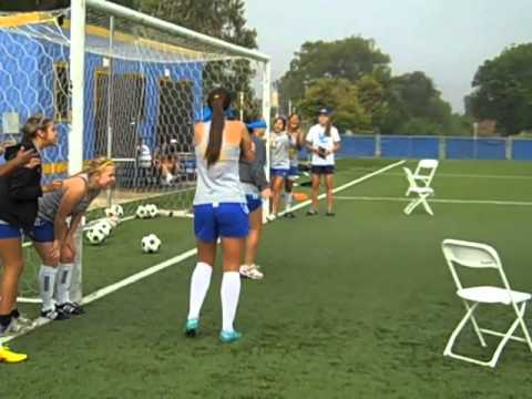 2013 UC Riverside Women's Soccer Team Building