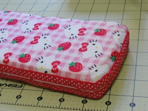 How to Make a Padded Baby Wipe Travel Case Cover Tutorial with CookingAndCrafting