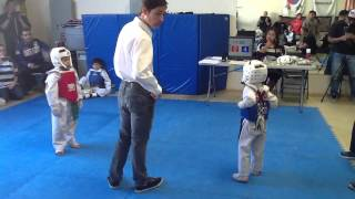 6/7 year old sparring match at Knockout Martial Arts in Rancho Cucamonga (JEREMY RIOS)