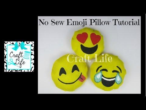 Craft Life ~ No Sew ~ Felt or Fleece Emoji Pillow Tutorial