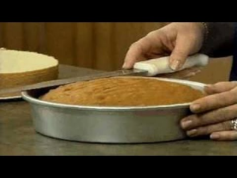 Learn how to Tort, Level and Fill a Cake