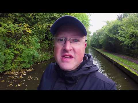 Coventry Canal by Narrowboat, Wifi Issues & I got soaked! - 25