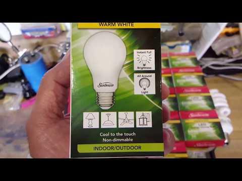 Testing The $1 9 Watt LED light From the Dollar Tree Store!