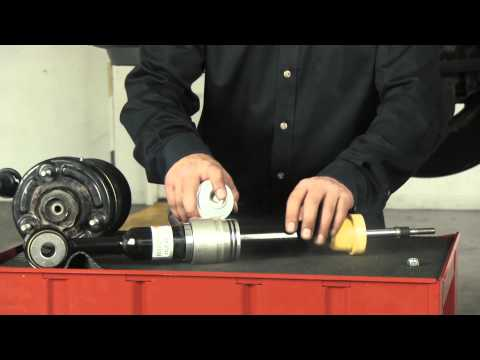 How to Replace a Front Air Spring & Shock on the 2003-2006 Ford Expedition & Lincoln Navigator