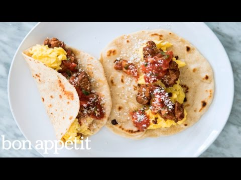 How to Make Egg and Sausage Breakfast Tacos