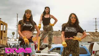 Paige and The Bella Twins smash cars with sledgehammers: Total Divas Preview Clip, Oct. 17, 2018