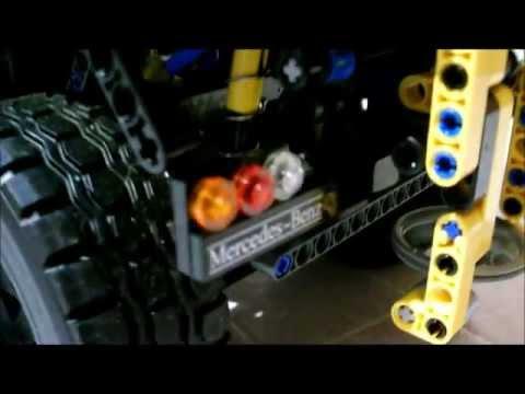 Lego Technic spreader and snow plow for Unimog U400 8110 (by Cypr-21)