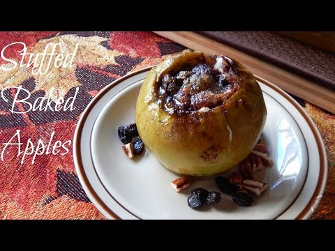 Fall Recipes: Stuffed Baked Apples | The Sweetest Journey