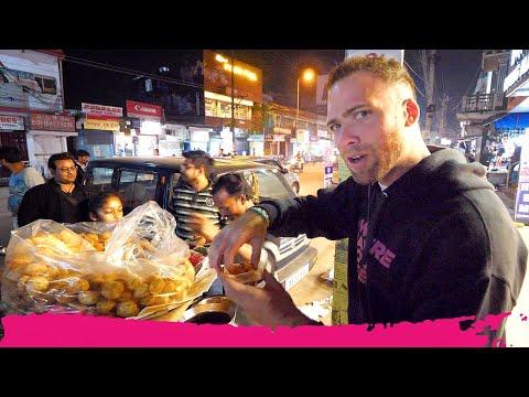 Xxx Mp4 Indian STREET FOOD Tour At Night Momos Vada Pav Amp Chicken Tandoori Jorhat Assam India 3gp Sex