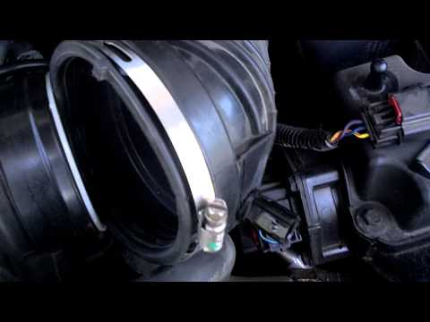 2010 Chrysler  Town and Country IAT Sensor Replacement