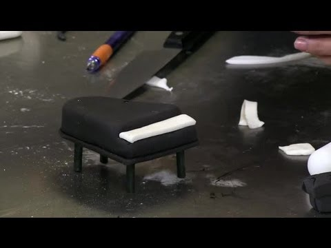 How to Make a Piano Decoration From Fondant : Fondant Designs