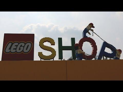 LEGOLAND Billund: The World's Largest LEGO Shop!