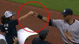MLB Players Giving Out Souvenirs (HD)