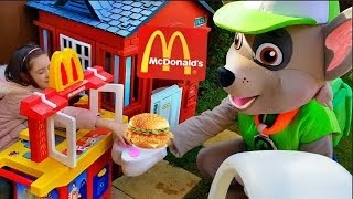 Kids Pretend Play at Mcdonald
