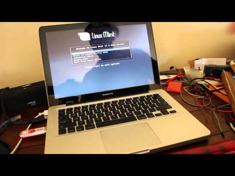 Booting Linux Mint on a Macbook Pro from USB with a DVD