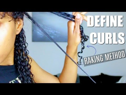 Defining Natural Hair Curls Using The Raking Method
