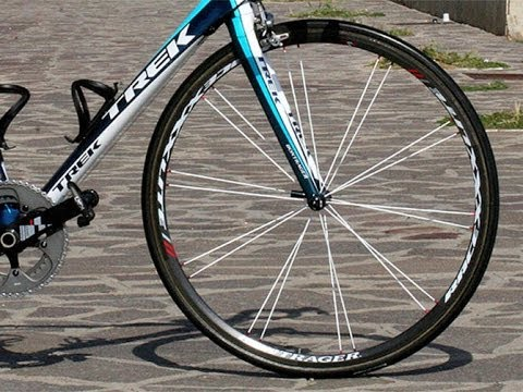 Cycling Tips: How To Paint Your Spokes Different Colour