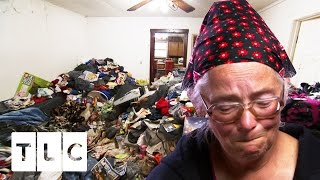 Identical Twins Risk Losing Their House | Hoarding: Buried Alive