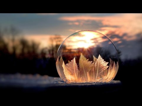 Artist Shows Bubbles Freezing in Real Time