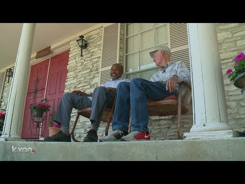 Bond between mail carrier and 80-year-old is a lesson in compassion