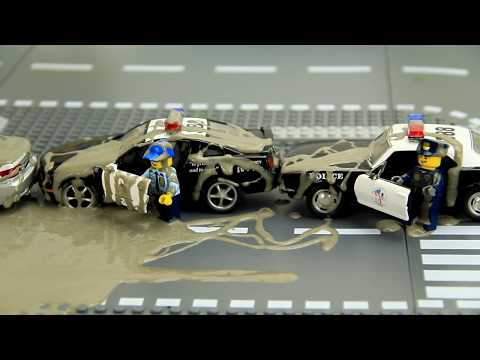 Police vs Thief Cars in the mud Video for Kids