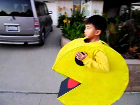 Pac-Man kids halloween costume