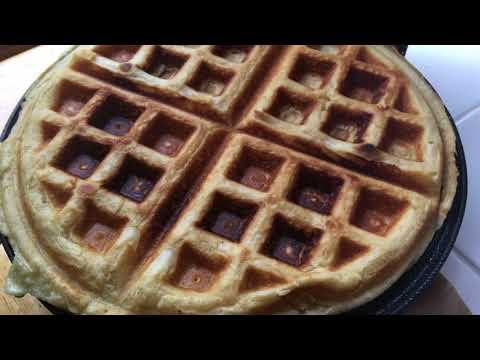 How to Make Homemade Waffles from Scratch