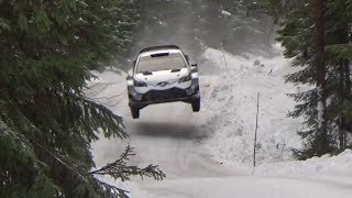 Ott Tänak on the snow with toyota yaris wrc